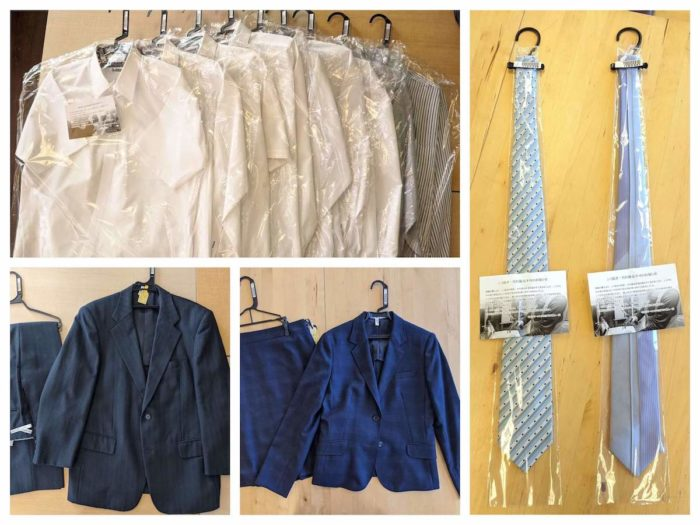 リナビスのビジネスコース。スーツの上下3セットが基本。ワイシャツ・ネクタイも追加できる。レディースOK、ブラウスもOK。