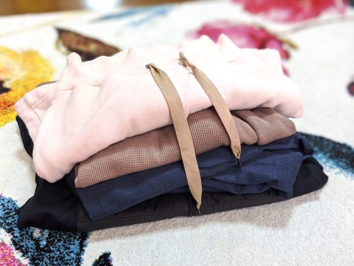 1回目の集荷では、衣類をこのようにまとめて用意しておくだけです。箱はヤマト運輸が持ってきます。
